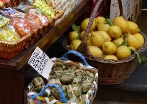 Citrons Naples