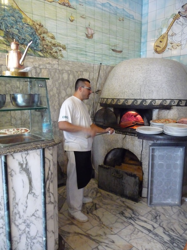 Pizzeria Naples