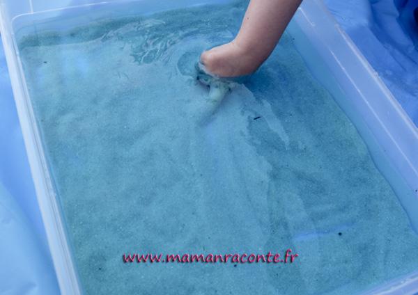 bac sensoriel de la mer - enfant 9