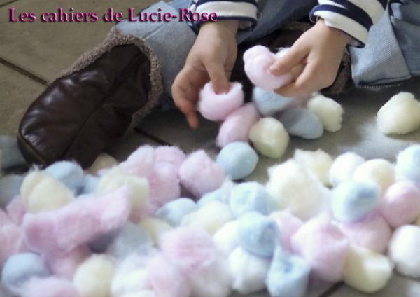 Mouton en boules de coton - les cahiers de Lucie-Rose #1